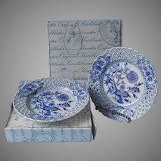 Zwiebelmuster Blue Onion Reticulated Plates Pair Blue Onion Vintage Czechoslovakia