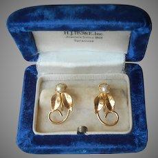 Gold Filled Cultured Pearl Vintage Earrings Leaves Tendrils Screw Back
