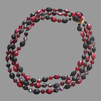 1950s Glass Beads 3 Strand Necklace Wine Red Black Vintage