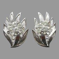 Crown Trifari Silver Tone Brushed Leaves Clip Earrings Vintage Rhinestones