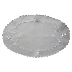 Cutwork Tray Doily Oval Antique Linen Hand Embroidered