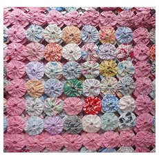 Yo Yo Quilt Top Yoyo Unfinished 84 x 56 Pink 1930s Fabrics Feed Sack