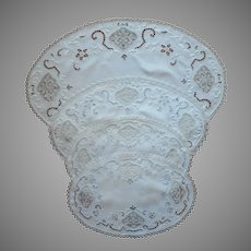 1920s Cutwork Filet Lace Linen Centerpiece Doilies Hand Embroidered Set Oval