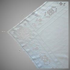 1920s Italian Work Linen Tablecloth Topper Hand Embroidery Reticella Lace Bobbles