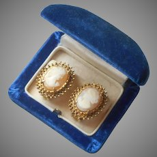 Florenza Cameo Earrings Vintage Clip Carved Shell