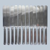 Anniversary 1923 12 Dinner Knives Vintage Silver Plated