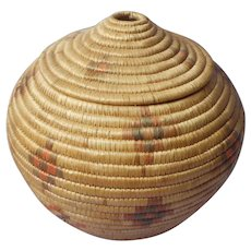 Native American Vintage Coiled Coil Basket With Lid For Yarn or String