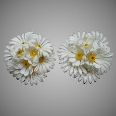 1960s Earrings Clip Vintage White Yellow Plastic Daisy Clusters Daisies