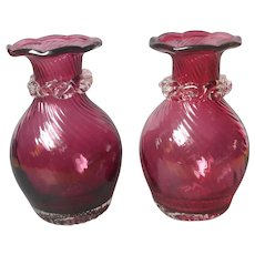Cranberry Glass Pair Small Vases Rigaree Decoration Pilgrim Vintage Mid Century