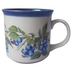 Otagiri Mug Vintage Blueberries Ruth Pengal Vintage Stoneware Blue Lined