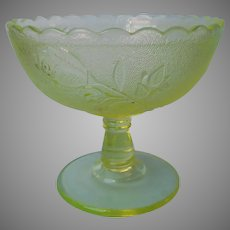 Antique Vaseline Canary Campbell Bryce Rose In Snow EAPG Glass Compote