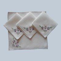 1920s Brightly Hand Embroidered Linen Little Bridge Tea Napkins Set 4 Vintage