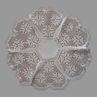 Antique Centerpiece Doily Filet Crocheted Lace Linen Center