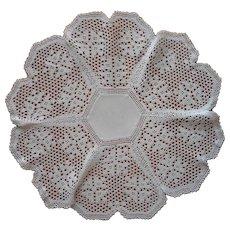 Antique Centerpiece Doily Filet Crocheted Lace Linen Center