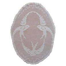 Swallows Filet Crocheted Oval Centerpiece Doily Antique Birds