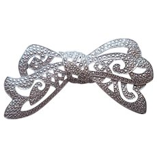 1928 Jewelry Co.  Company Marcasite Big Bow Pin Vintage Silver Tone