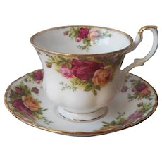 Royal Albert Old Country Roses Cup Saucer Vintage Bone China