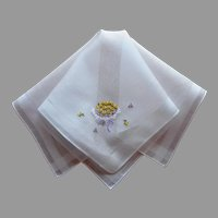 Yellow Roses Bouquet Hand Embroidered Vintage Hankie Handkerchief