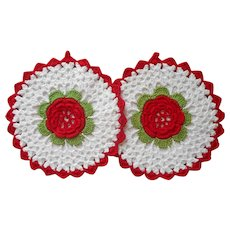 Pot Holders Pair Vintage Red Rosettes Kitchen Unused