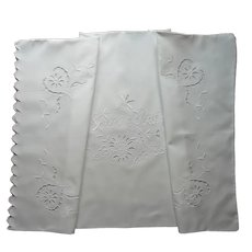 1920s Italian Cutwork Single Pillowcase Motto Cheerful Kisses Vintage