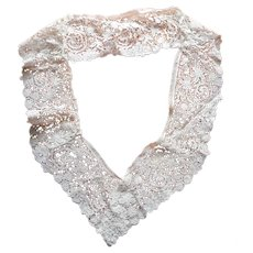 Duchesse Lace Antique Length Made Into Collar