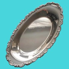 Bread Tray Vintage Silver Plated Ornate Roses Rim Oneida