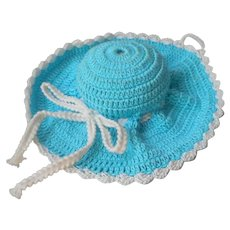 Crocheted Pin Cushion Hat Form Turquoise White Vintage Pincushion