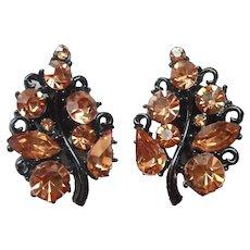 Lisner Japanned Black Leaf Brown Rhinestone Earrings Clip Vintage