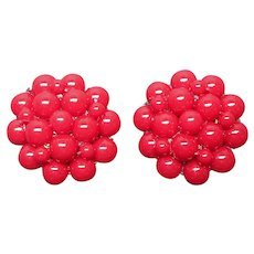 Red Bead Cluster Screw Back Earrings Vintage Late 1960s Lightweight