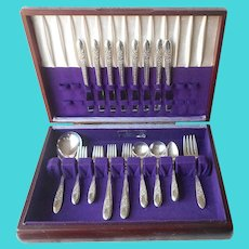 Rose And Leaf 1937 Set Flatware Box Service For 8 Silver Plated Vintage