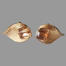Crown Trifari Earrings Clip Light Brown Glass Stones Leaf Gold Tone Vintage