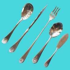 Shell Tip Serving Pieces Pickle Fork Twist Handle Butter Knife Silver Plated Flatware