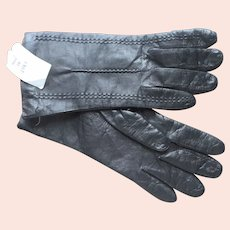 Unworn Italian Black Leather Gloves Ladies Small Vintage 1990s