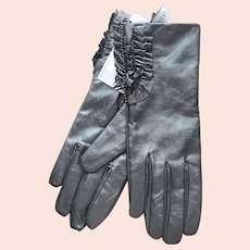 Leather Nine West Gloves Unworn Size S Ruffles Metallic Gunmetal
