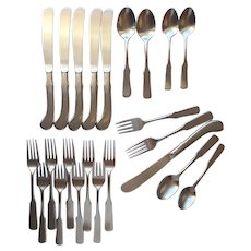 Oneida Fyfe And Drum Stainless Steel Flatware 25 Pieces Knives Achievement