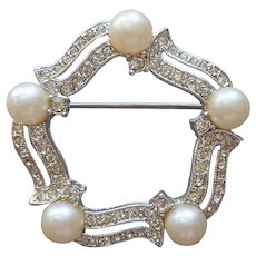 Dainty Circle Pin Vintage Faux Pearls Tiny Rhinestone Faux Diamonds