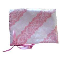 Schiaparelli Stocking Lingerie Hankies Case Pink Satin Vintage