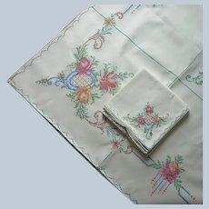 Hand Embroidered Tablecloth 8 Napkins Set Unused Vintage 86 x 68