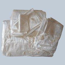 ca 1940 Satin Velvet Bedspread Curtains Bolster Runners Doilies Set Vintage