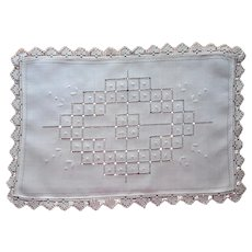 Cream Color Tray Cloth Linen Lace Embroidery Drawnwork Vintage