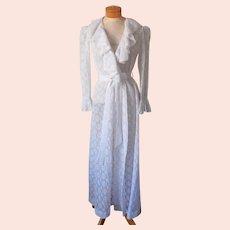ca 1980 Christian Dior Vintage White All Lace Robe Loose Ruffle Collar Cuffs
