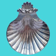 Classic Shell Form Candy Nut Dish Vintage Silver Plated 3 Toed