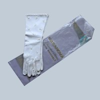 Beaded White Fabric Gloves Vintage Three Quarter Length Medium