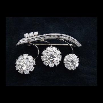 Lovely 14 Karat White Gold Diamond Brooch
