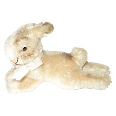 Vintage Steiff Laying Rabbit, 4 1/2""