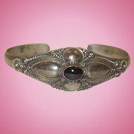 Vintage Sterling Silver and Onyx Bracelet