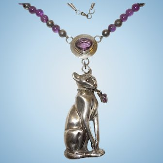 Vintage Native American Sterling Silver and Amethyst Necklace