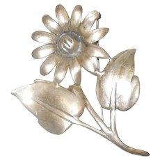 Vintage Sterling Silver Floral Daisy Brooch