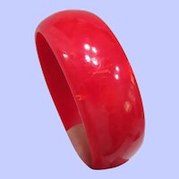 Vintage 1950's Red Marbleized Bakelite Bangle Bracelet