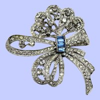 Sweet Art Deco Rhinestone Bow Pin/Brooch